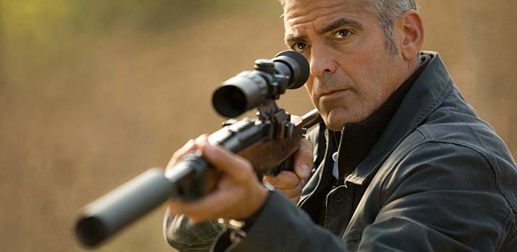 George Clooney i The American. Foto: SF Film.