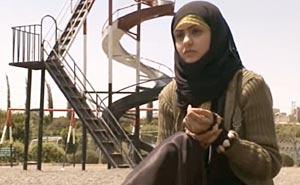 14 år och skild i Jemen. Bild från video.